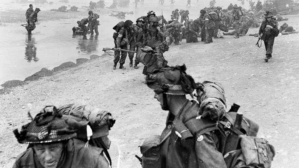 World War II. British soldiers landing in Normandy, on June 6, 1944. (Photo by Roger Viollet/Getty Images)