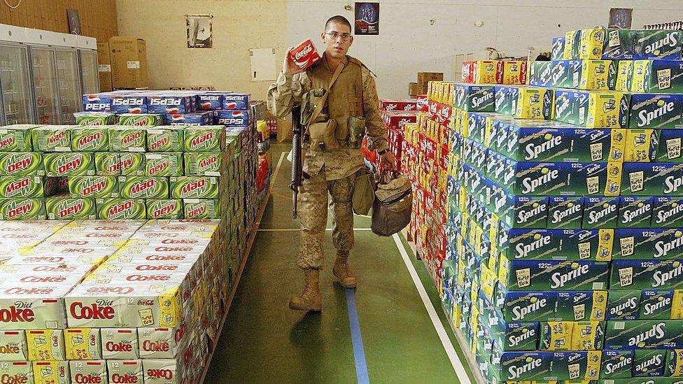 Un soldado estadounidense en Al Asad en 2004.