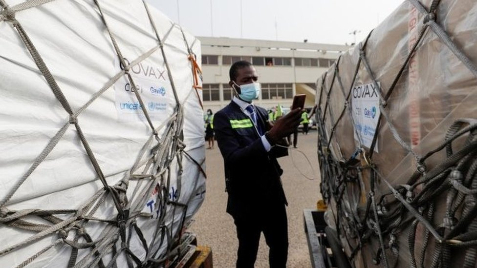 First batch of vaccines arrives in Ghana - 24 February