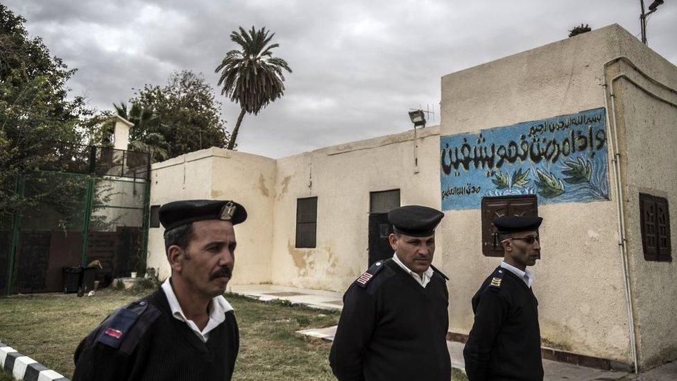 أفراد شرطة مصريون