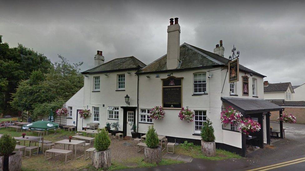 Cricketers Pub & Restaurant