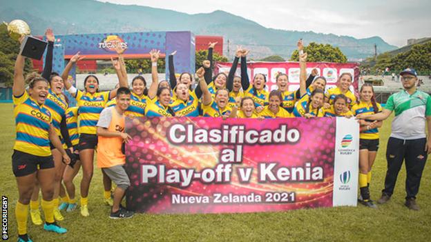 Colombianas celebran llegar a los play-off v Kenia