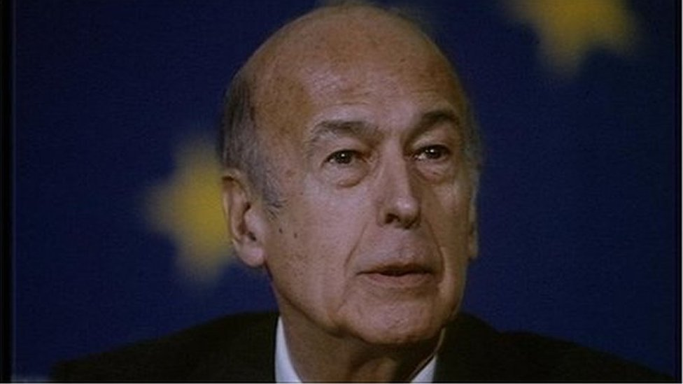 Ex-French President Valéry Giscard D'Estaing dies thumbnail