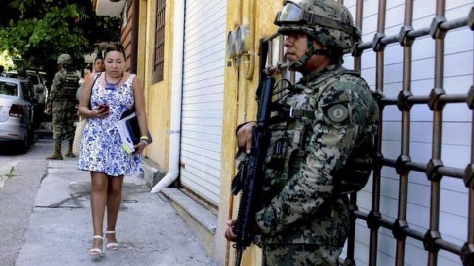 قوات المارينز والشرطة الفيدرالية ستتولى مهام الشرطة المحلية في الوقت الراهن