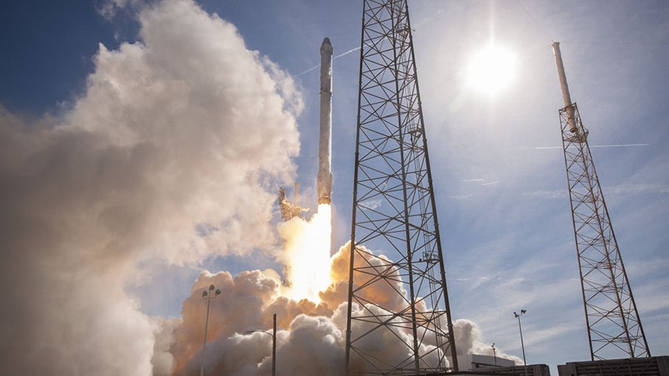 la cápsula de SpaceX Dragon