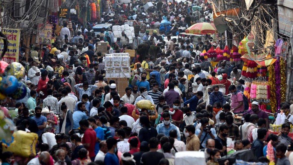 A large crowd seen at Sadar Bazar on the eve of Navratri festival amid Coronavirus on October 16, 2020 in New Delhi, India.