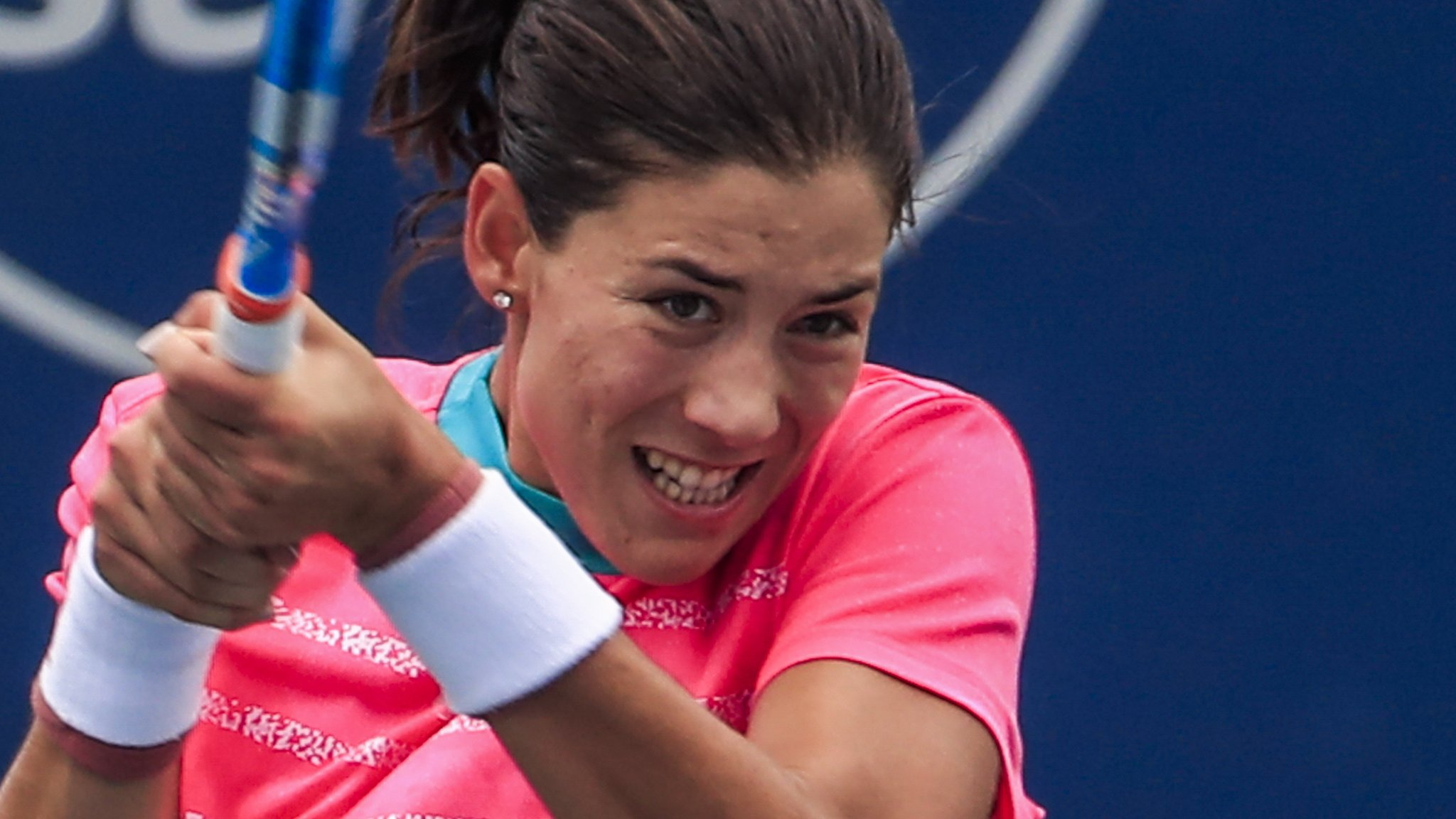 Garbine Muguruza: Spanish defending champion beaten by Lesia Tsurenko in Cincinnati