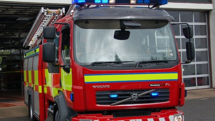 Fire crews tackle industrial estate blaze in Perth