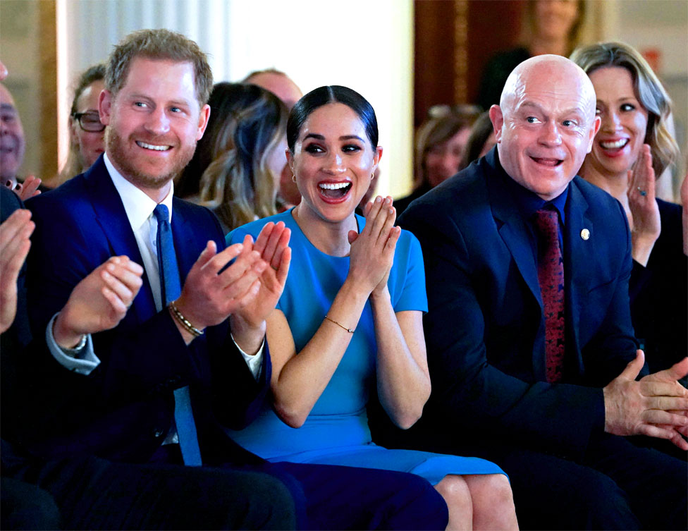 harry and meghan s final royal duties before stepping back bbc news bbc com
