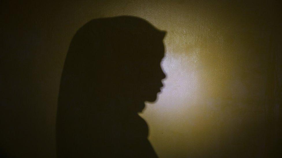 la sombra de Siti