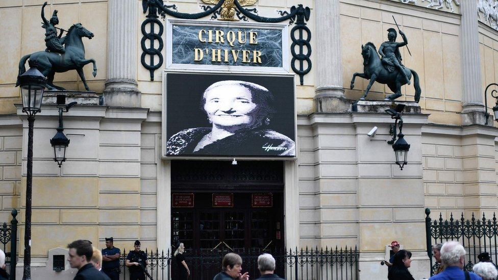 El Circo de Invierno le rindió su propio homenaje a Rosa Bouglione.