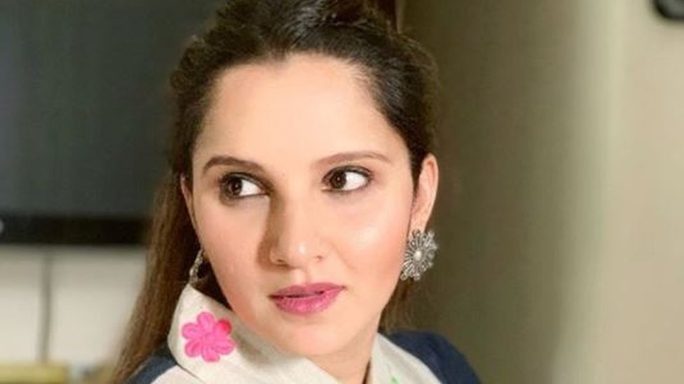 वर्ल्ड कप: सानिया मिर्ज़ा ने पाकिस्तान की क्रिकेट टीम को जीत की दी बधाई तो ट्रेंड हुआ 'भाभी'- सोशल