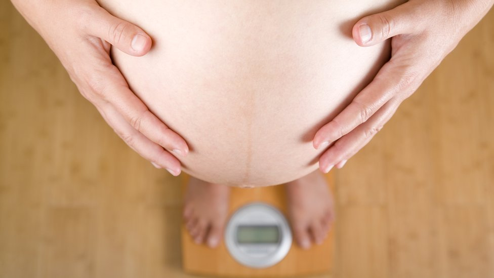 Pregnancy weight gain 'going unmeasured'