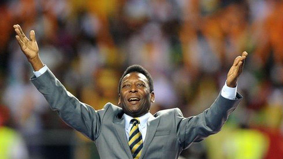 Pelé recibió el Balón de Oro de la FIFA por ser el mejor jugador del Mundial 1970.