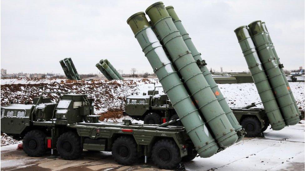 نظام صواريخ إس-400 الروسي
