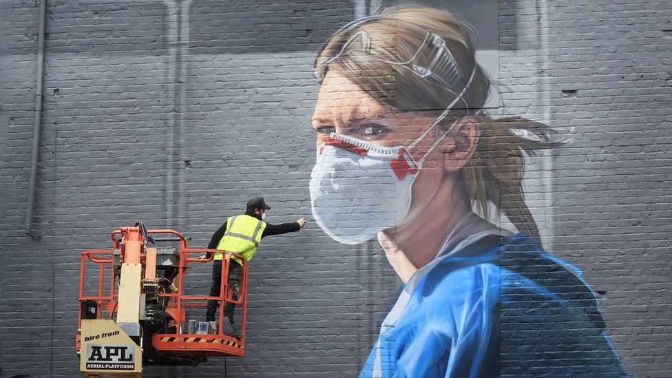 Mural being painted in Manchester