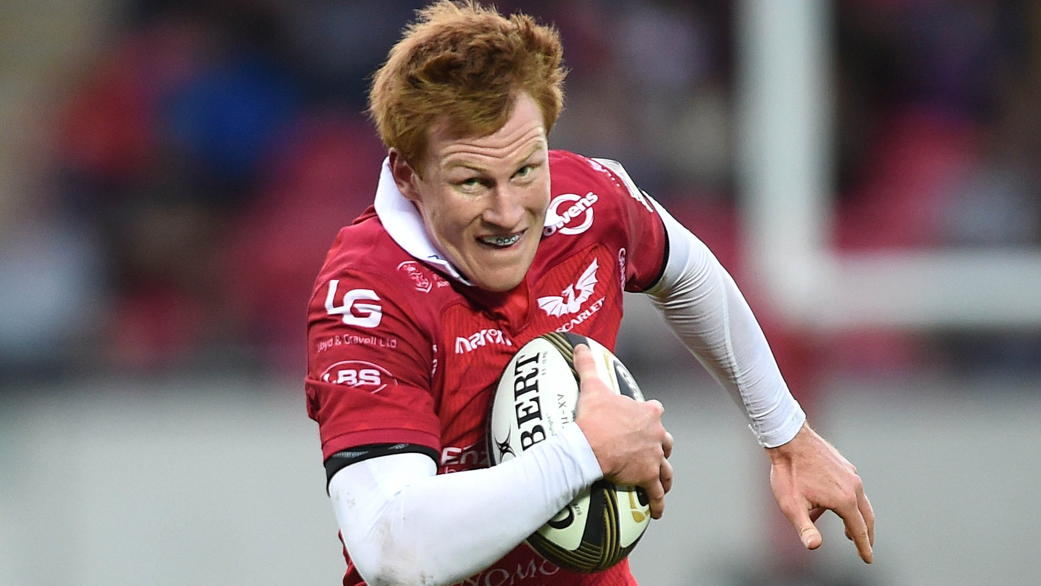 Rhys Patchell: Fly-half to miss Scarlets' Champions Cup game at Leicester