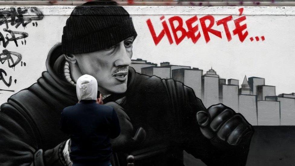 Detingerov mural