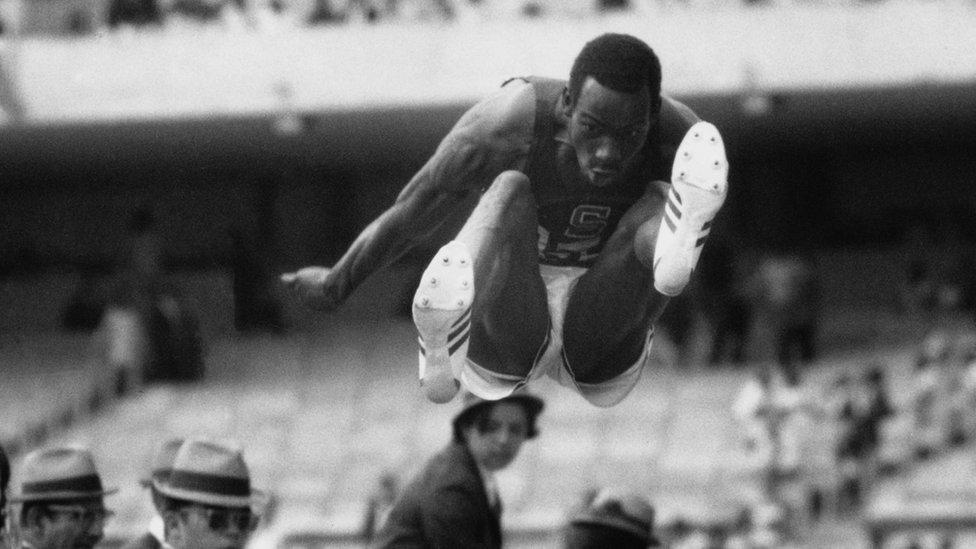 Bob Beamon en México 68.