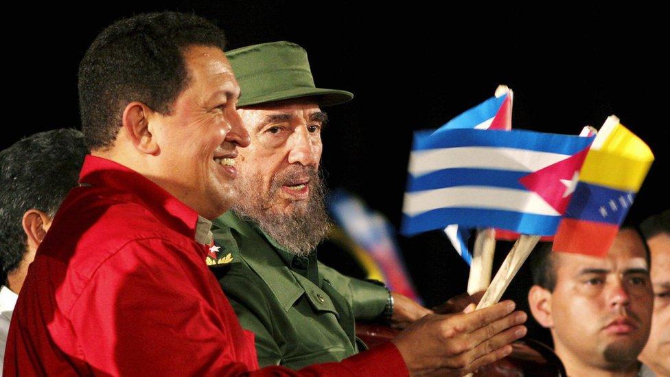 """Chávez llegó a decir que Cuba y Venezuela tenían """"un mismo gobierno""""."""