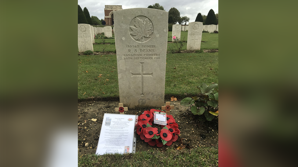 The grave of Pte Robert Silvester Deans