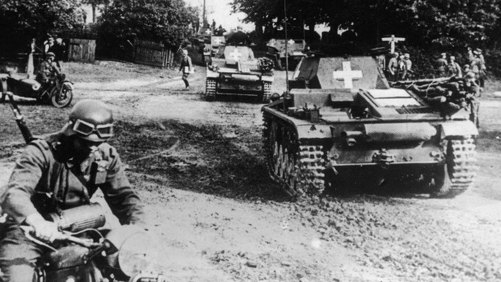 German tanks entering Poland 1939