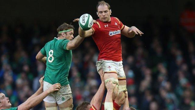 Six Nations 2016: Ireland & Wales tie Dublin tussle