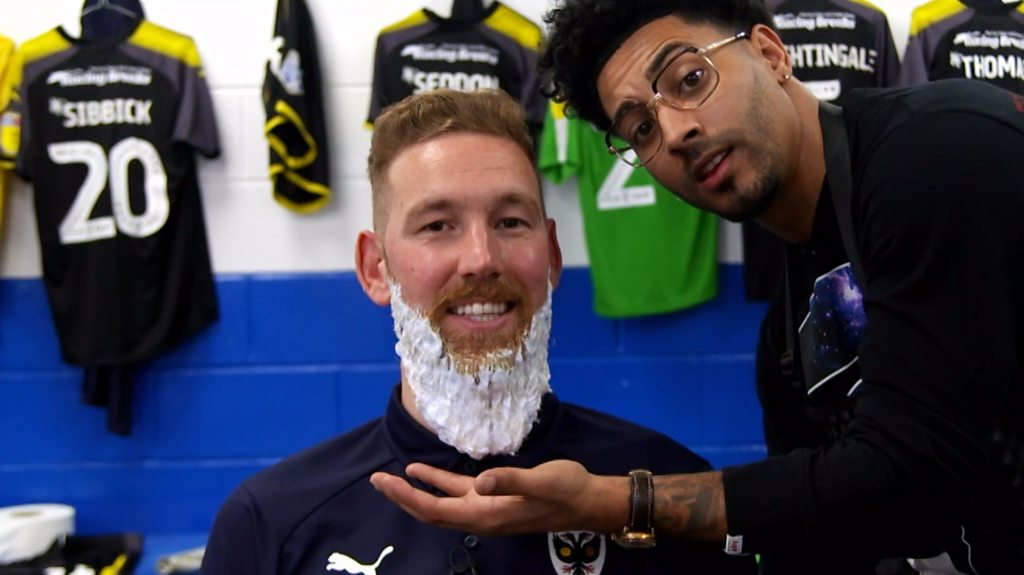 AFC Wimbledon: Scott Wagstaff fulfils promise to dye beard blue and yellow