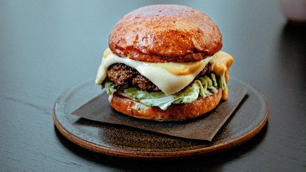 Covid Michelin Starred Restaurants Sell Gourmet Burgers Bbc News