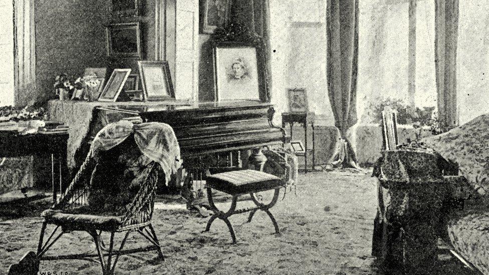 Viktorianskaя gostinaя