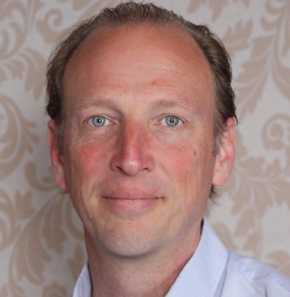 Dr Steve Aisthorpe