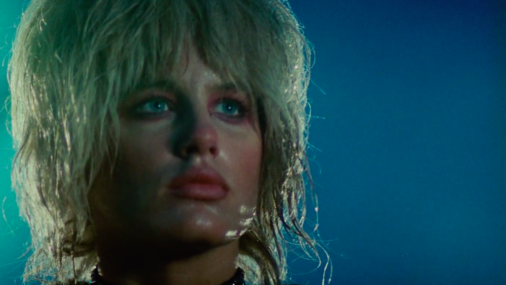 Daryl Hannah as replicant Pris in Blade runner