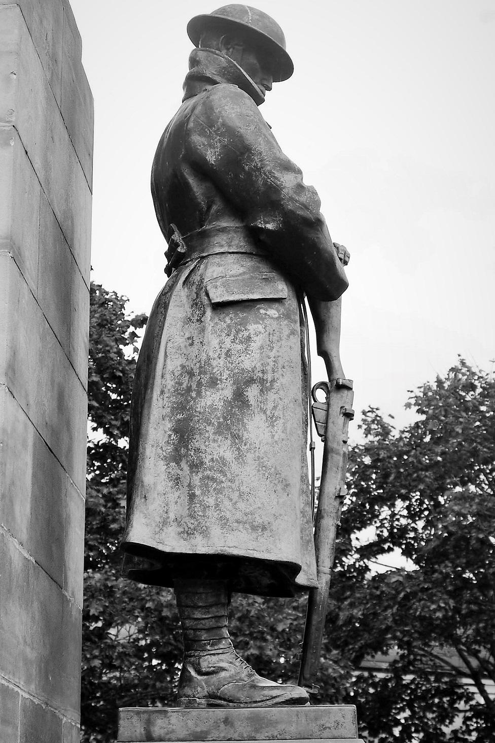 War memorial at Blairgowrie