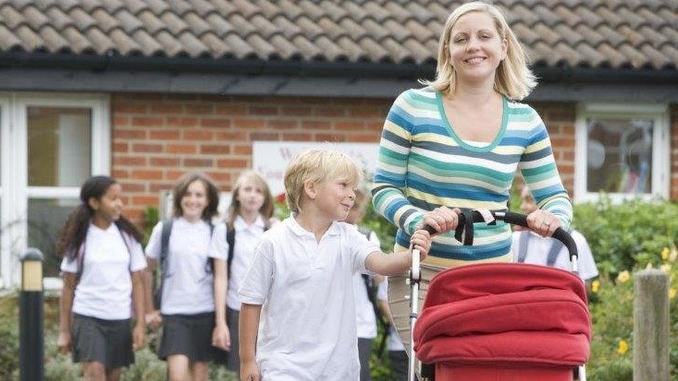 School delay does not help summer-born, study shows