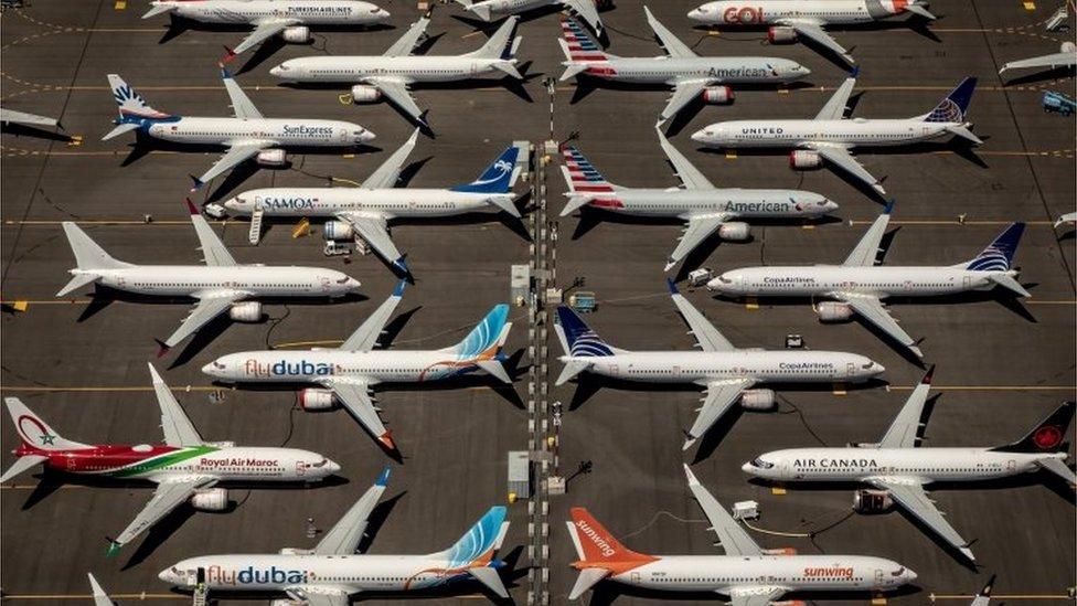 قطاع الطيران هو الأكثر تضررا