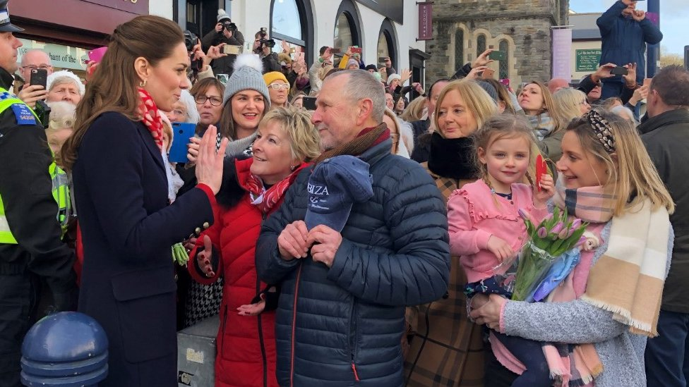 The Duchess of Cambridge meets her old teachers