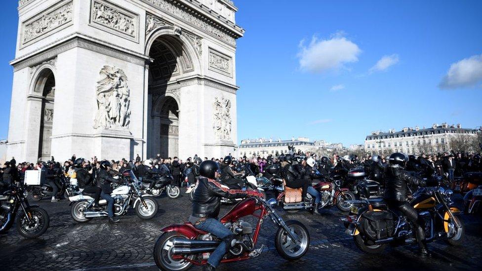 La UE anunció que impondría aranceles a las motocicletas Harley Davidson.