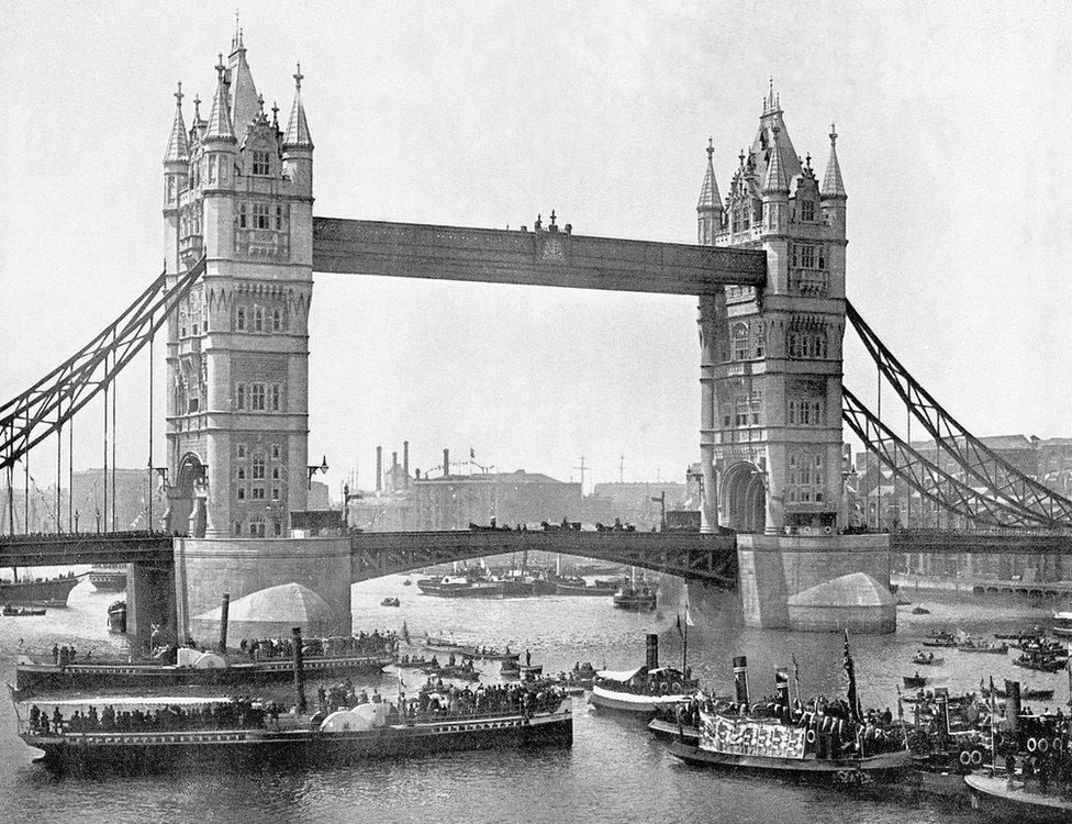 Most Tauer 1894. godine