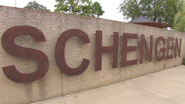 A sign reading 'Schengen'