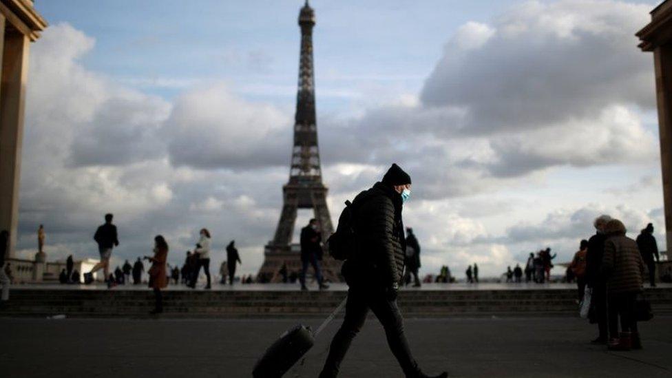 مشهد عام في باريس