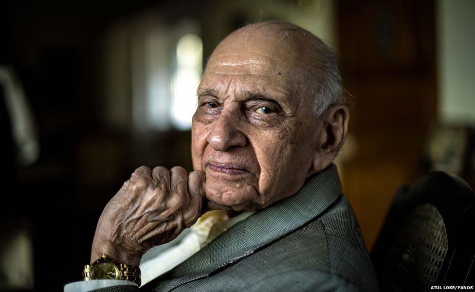 Dr Mahinder Watsa: India's most famous 'sexpert' dies at 96 thumbnail
