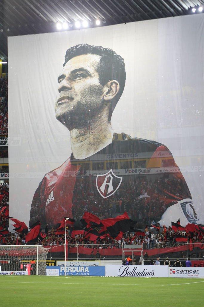 Pancarta de Rafael Márquez