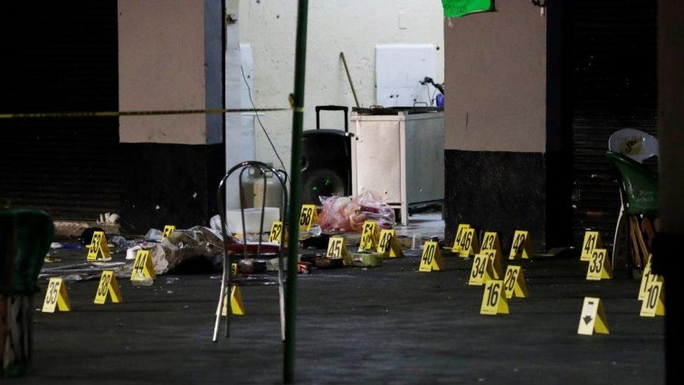 Identificación de balas en plaza Garibaldi