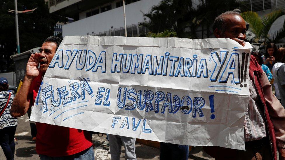Protesta a favor de la ayuda humanitaria