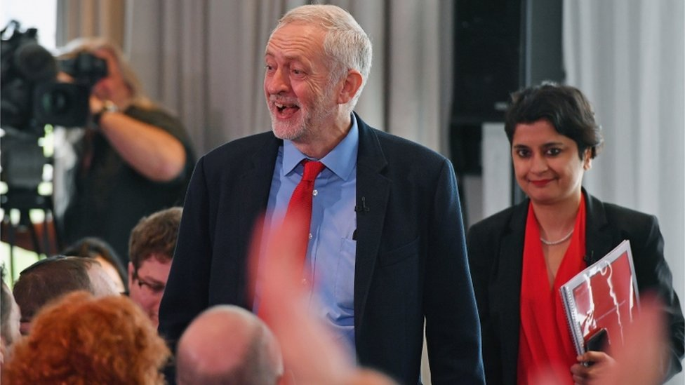 Jeremy Corbyn and Shami Chakrabarti at the 2016 anti-Semitism inquiry