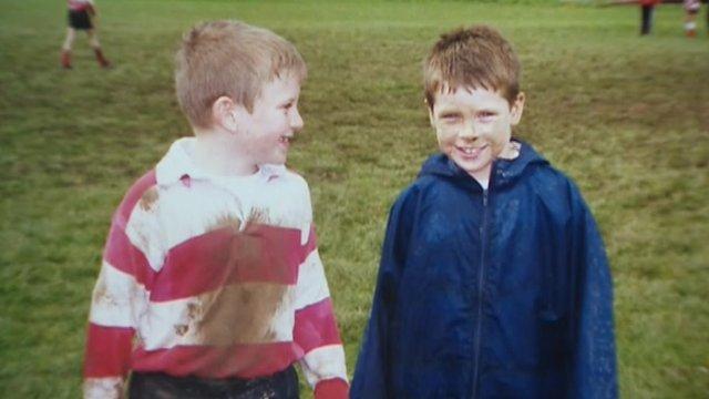 Scott Williams a Gareth Davies