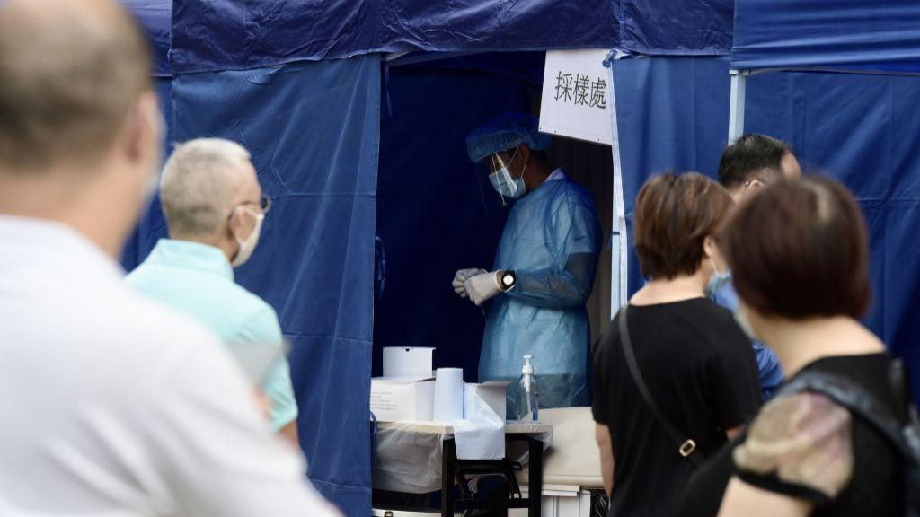 當局將在一些出現確診的地區增加流動檢測站。