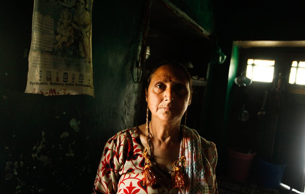 Shama, Kashmiri Pandit woman