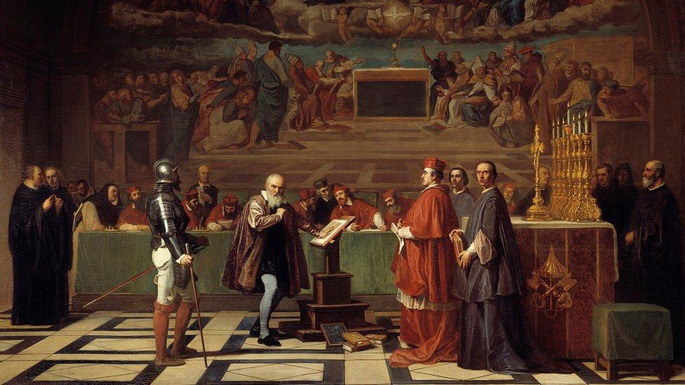 Pintura del juicio de Galileo Galilei en el Vaticano.