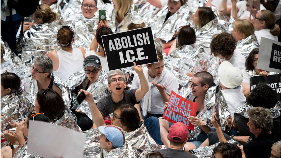 Abolish Ice: A new demand from the left is risky for Democrats ...